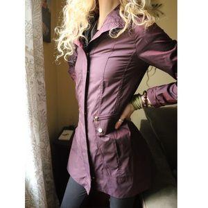 NWOT Cole Haan Burgundy Purple Zip Hooded Raincoat